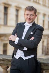 Portrét dirigenta Jana Kučery